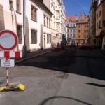 Rekonstrukce Husovy ulice pokračuje, hotovo má být nejpozději do konce roku