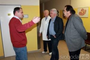 Senátor a stínový ministr zdravotnictví za ČSSD Jan Žaloudík navštívil Čáslav